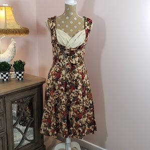 Lindy Bop pinup girl floral dress size small/8